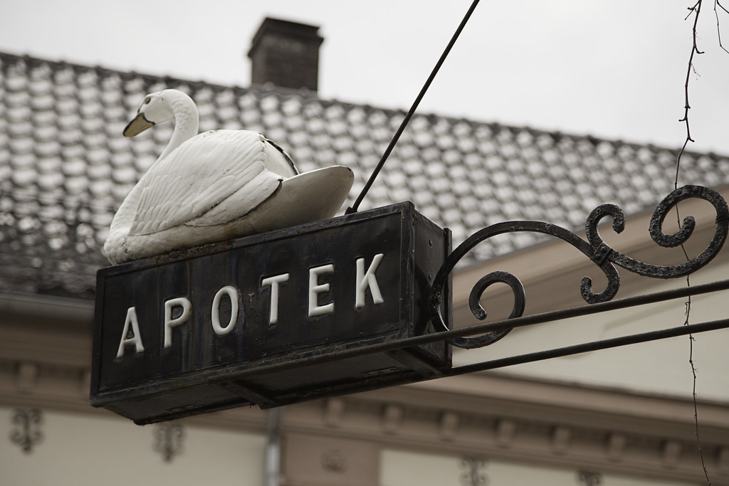Swan Apotek Sign | For the group 112 pictures in 2012 #42 Si
