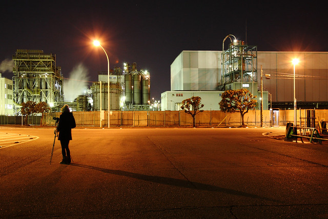 夜の工場撮影