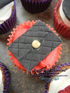 50th Handbag Cupcake