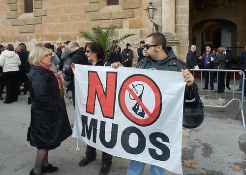 Muos, operai al lavoro: attivisti pronti a barricate$