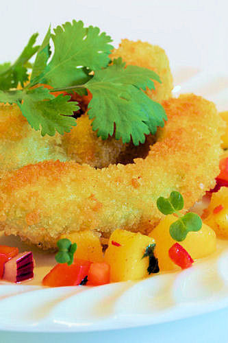 Crumbed avocado with mango salsa IMG_6148 ch R
