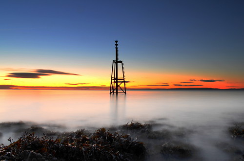 uk longexposure morning blue light sea sky orange lighthouse white inspiration seaweed reflection art beach silhouette wales clouds sunrise landscape dawn nikon experimental colours creative cardiff peach barry sheet magichour valeofglamorgan barryisland d5100 pwpartlycloudy