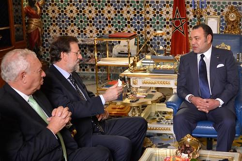 Rajoy con el rey de Marruecos