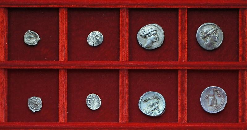 RRC 464 T.CARISIVS IIIVIR Carisia denarii, RRC 463 MN.CORDIVS RVFVS Cordia sestertii, Ahala collection Roman Republic