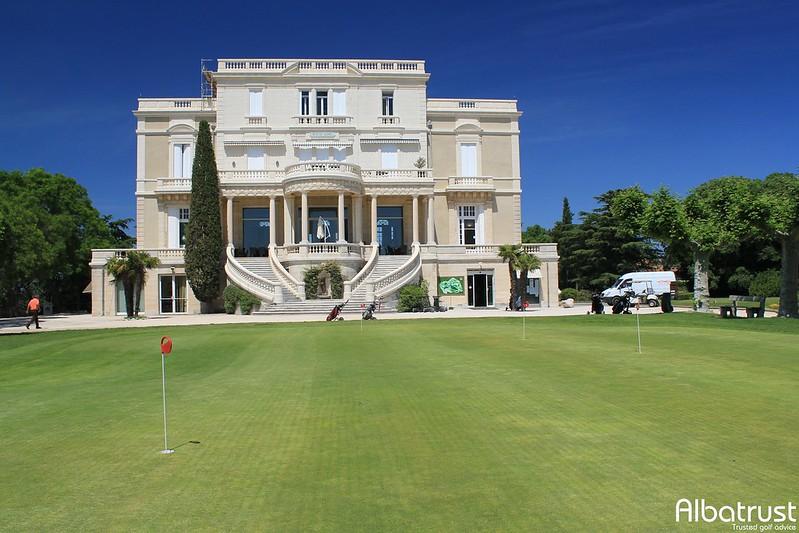 photo du golf Golf Club de Nîmes Campagne - Parking
