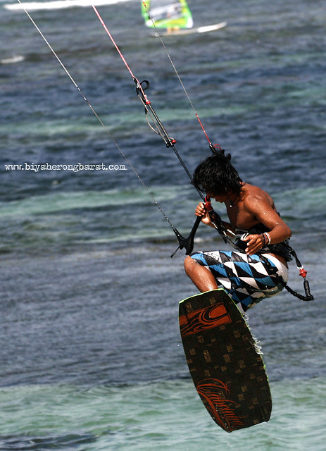 Kite Surfing in Pagudpud Ilocos Norte