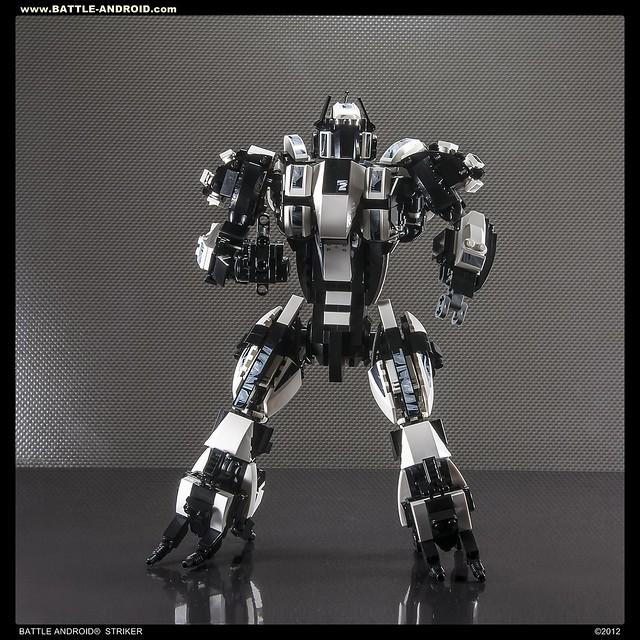 BATTLE ANDROID Robot STRIKER