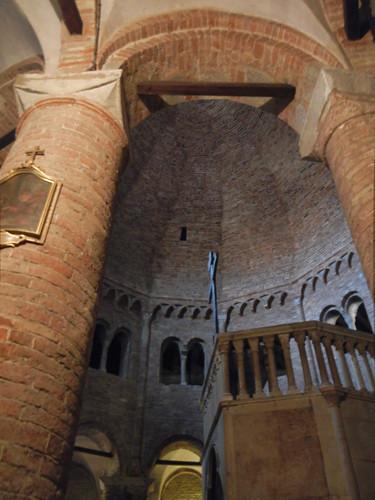 DSCN4873 _ Basilica Santuario Santo Stefano, Bologna, 18 October