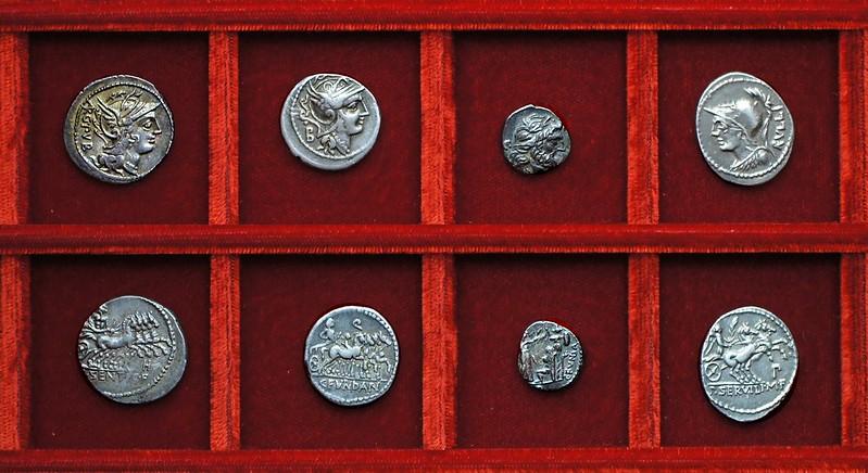 RRC 325 L.SENTI L.F. Sentia, RRC 326 C.FVNDAN Fundania denarius, victoriatus, RRC 328 P.SERVILI M.F. RVLLI Servilia, Ahala collection, coins of the Roman Republic