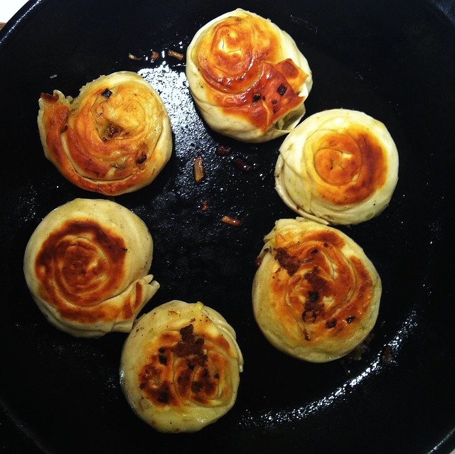 how to make onion pancake