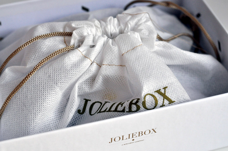 joliebox december 2012 3
