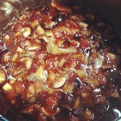am crazy to be simmering fig chutney on such a humid day #japan