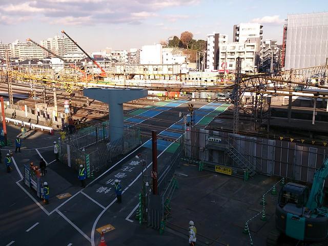 JR 戸塚駅