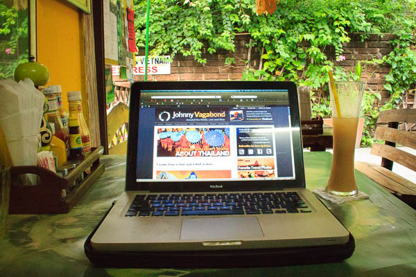 My Quest for the Perfect 'Digital Nomad' Office