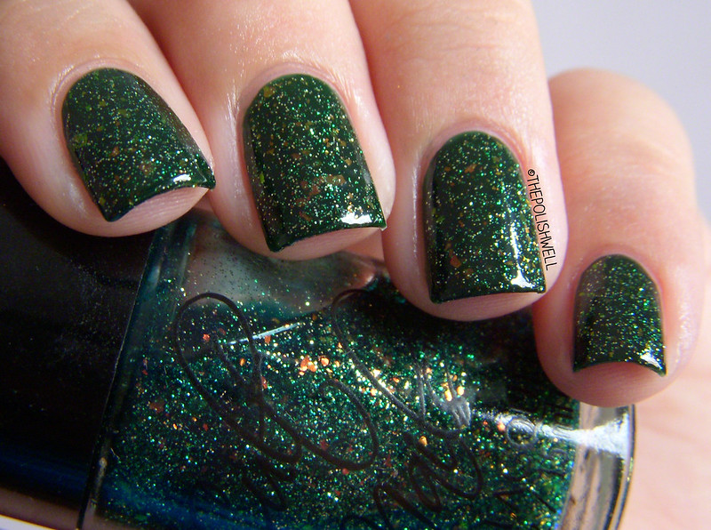 cult-nails-toxic-seaweed