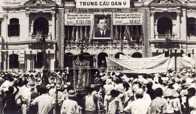 Tòa Đô Chánh Sài Gòn ngày 26-10-1955