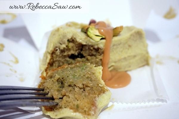 Swich Cafe - Publika - banana cake, apple cake and avocado cake-014