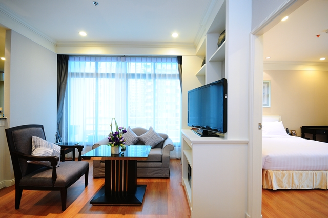 Book Online to Get 35 Off on Room Rates at Hotel Centre  : 83499515929c09e6552fzd from flickr.com size 500 x 332 jpeg 94kB