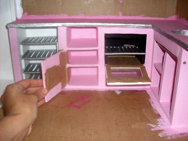 BarbieCardboardDollhouse069