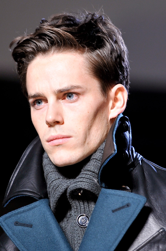FW13 Milan Belstaff062_Jeremy Young(VOGUE)