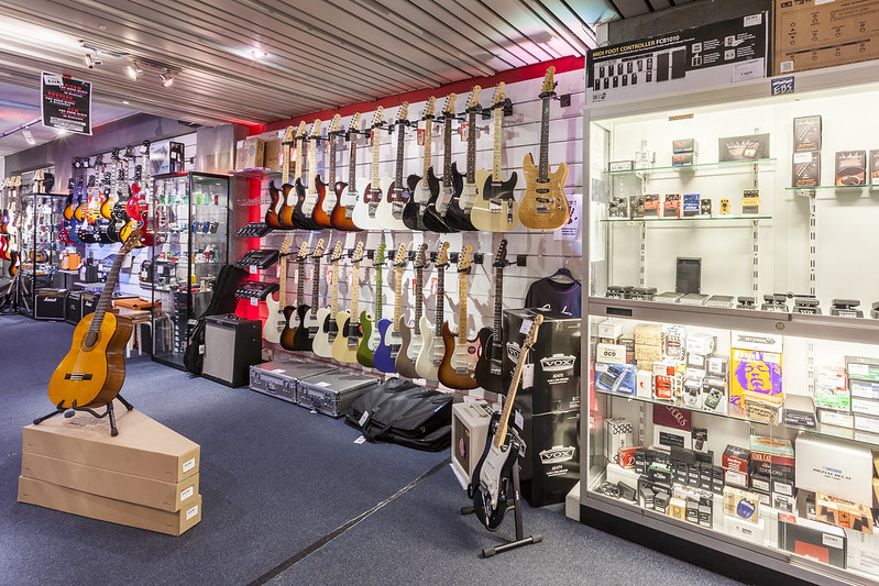 Keymusic brussels music shop guitar store musical instruments all rights reserved solutioingenieria Gallery