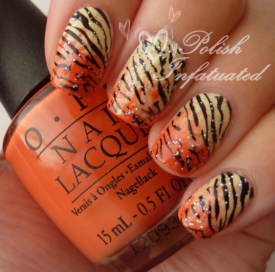 tiger nails!1