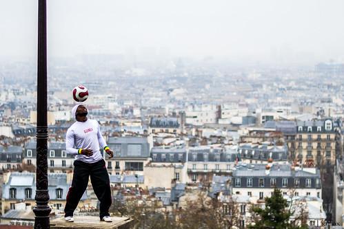 The juggler of Montmartre.