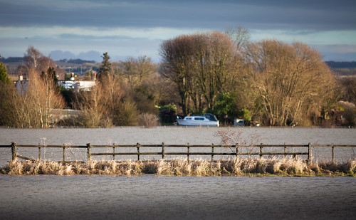 Thames flooding between Benson and Wallingford
