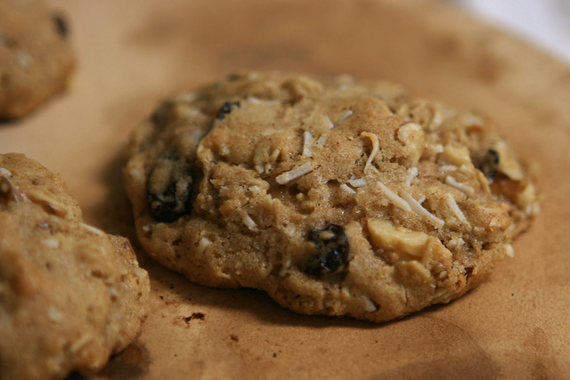 High-Altitude Oatmeal Surprise Cookies