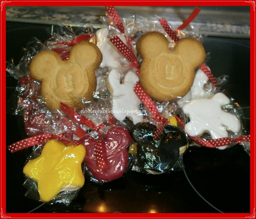 Bolachas Mickey Dia da Criança by Osbolosdasmanas