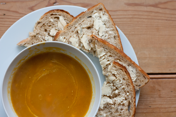 curried-carrot-soup-4
