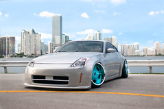 automobile, automotive exterior, wheel, vehicle, automotive design, nissan 350z, rim, bumper, land vehicle, luxury vehicle, coupã©, supercar, sports car,