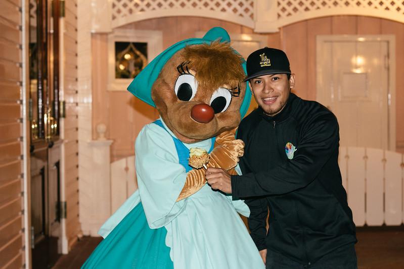 DisneylandRYM-23