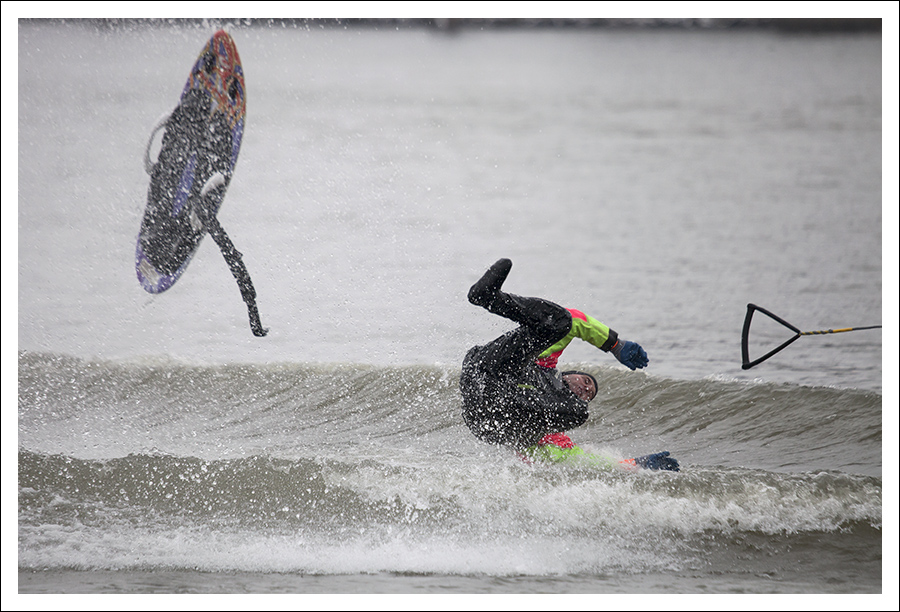 New Year's Waterskiing On The Mississippi 2