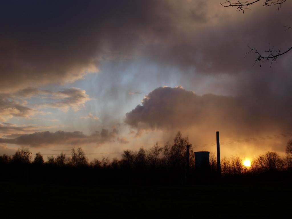 Blick vom Ensdorfer Hasenberg auf das Kraftwerk
