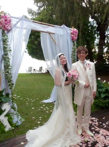 120618(1) - 知名聲優「山寺宏一、田中理惠」已經在17日幸福步入結婚禮堂!聲優界『銀色夫妻』至今確定至少25對!