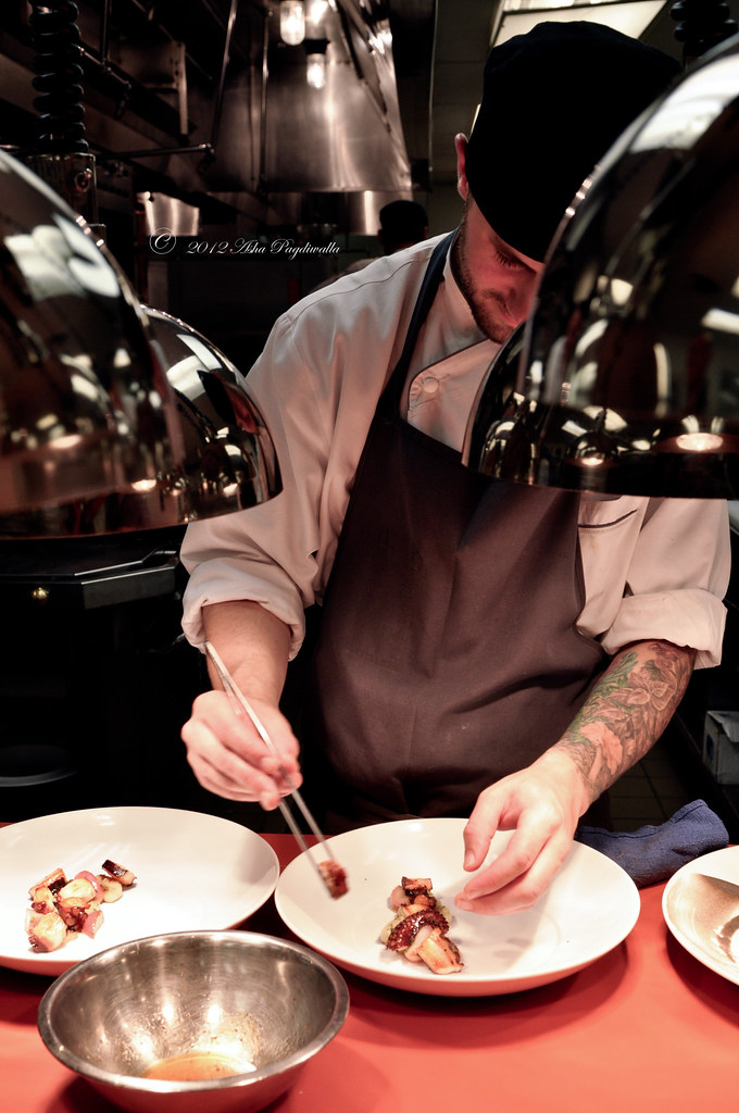 Doug - plating octopus, main service