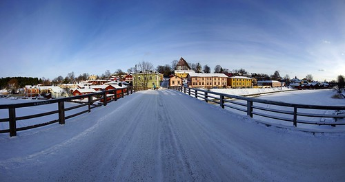 auto old bridge houses winter autostitch panorama snow finland lens town wooden europe colours view angle stitch sony north wide sigma super alpha 1020mm scandinavia 77 slt porvoo lenses a77