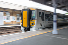 London Loop - Train at Orpington Station