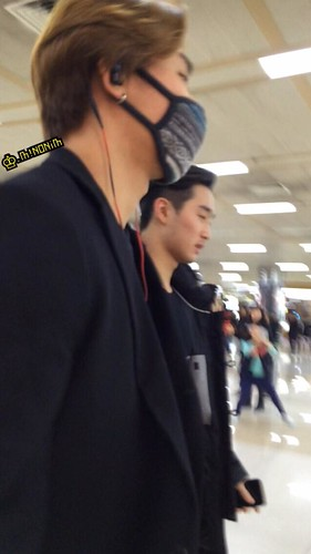 Dae Sung & TOP - Gimpo Airport - 01mar2015 - Dae Sung - mino930 - 02