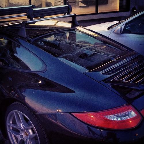 Porsche with ski rack