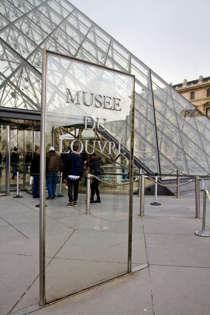 Louvre 2012-004-2.jpg