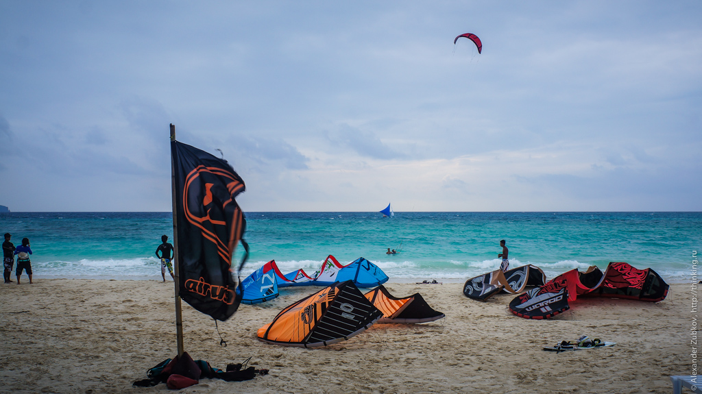 Кайт-серфинг на пляжах острова Боракай