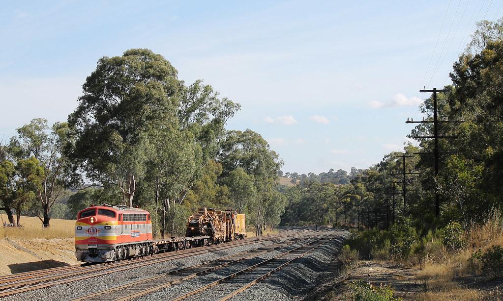 SSR B65 & Rail Machine at Dockereys Road by S312 Photography