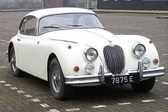 executive car(0.0), aston martin db2(0.0), jaguar mark 1(0.0), mitsuoka viewt(0.0), convertible(0.0), jaguar s-type(0.0), automobile(1.0), daimler 250(1.0), jaguar xk120(1.0), jaguar xk140(1.0), jaguar mark 2(1.0), vehicle(1.0), automotive design(1.0), jaguar xk150(1.0), antique car(1.0), sedan(1.0), classic car(1.0), vintage car(1.0), land vehicle(1.0), luxury vehicle(1.0), coupã©(1.0), sports car(1.0),