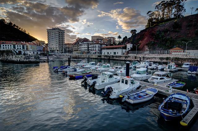 El puerto in Candás, Asturias