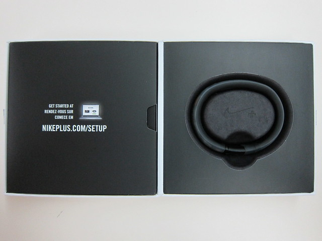 Nike+ FuelBand (Black Ice) - Box Open
