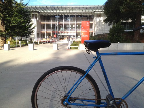 Bike in front of Cal Academy