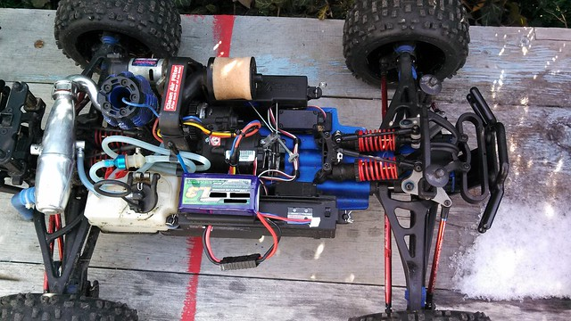 my remote start revo ! Traxxas Revo 3 3 Wiring Diagram 4th channel mod on stock 3 channel tq radio momentary switch to activate the remote start small 2 cell lipo to power it 1300mah (the stock revo battery traxxas revo 3.3 wiring diagram