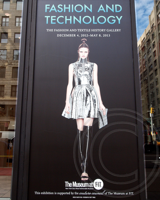 Fashion and technology exhibition the museum at fashion for Fashion museum new york